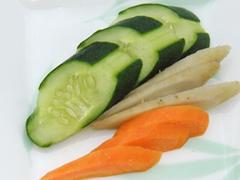 野菜の風味+発酵味の加わった漬物
